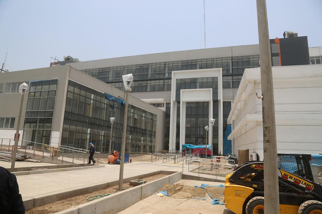 Ministro de Salud dialogará con empresa constructora de hospital de Ate para acelerar su culminación