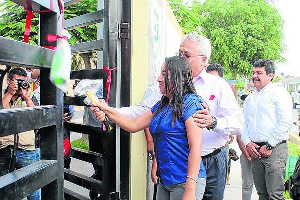 Inauguran la primera escuela construida con la modalidad de Obras por Impuestos en Paracas