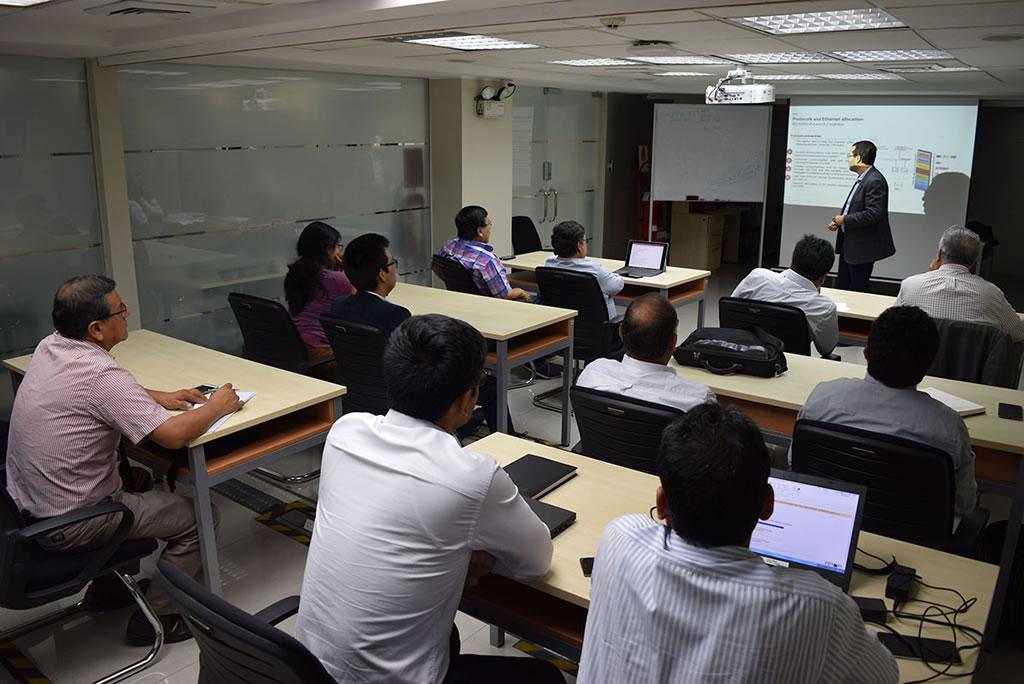 ABB ofreció workshop de subestaciones digitales para Distriluz