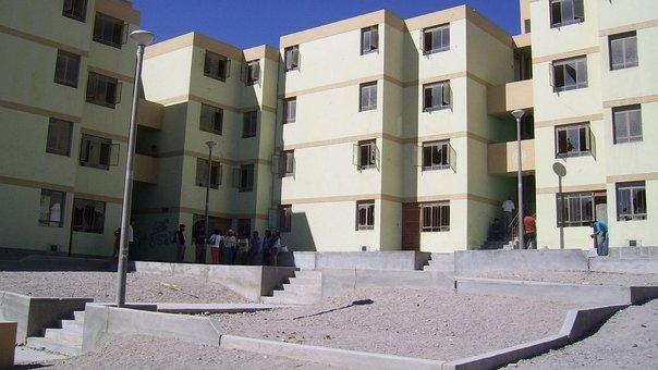 Gobierno prevé entregar 67 mil viviendas sociales en todo el Perú este año