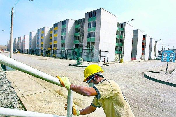 """Ministro de vivienda: """"Confío que ofertas de MiVivienda Verde continúen impulsando colocación de préstamos"""""""