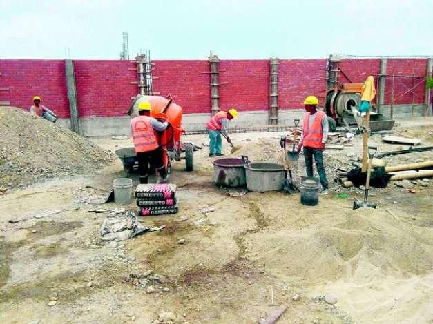 Más de S/ 34 millones para obras de reconstrucción de colegios están en riesgo