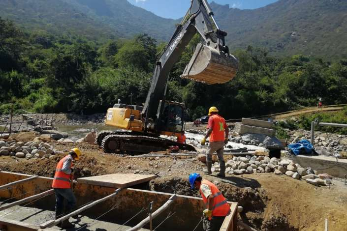 Construirán puente bajo mecanismo de obras por impuestos en Cajamarca
