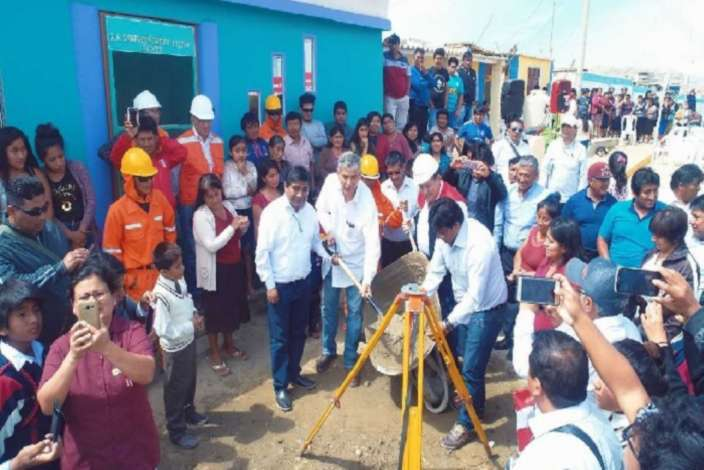 Piura: colocan primera piedra en nueva carretera La Islilla