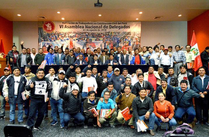 FTCCP y CAPECO firman convenio colectivo para aumentar salarios de trabajadores en construcción