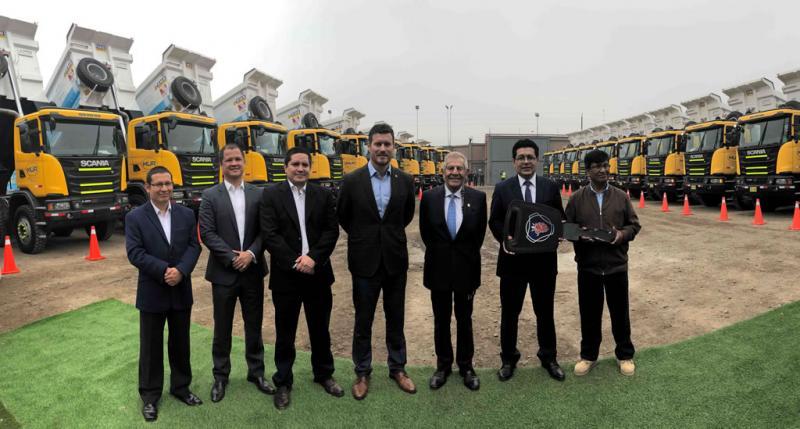 Scania del Perú realizó la mayor entrega de unidades Scania Heavy Tipper a nivel mundial