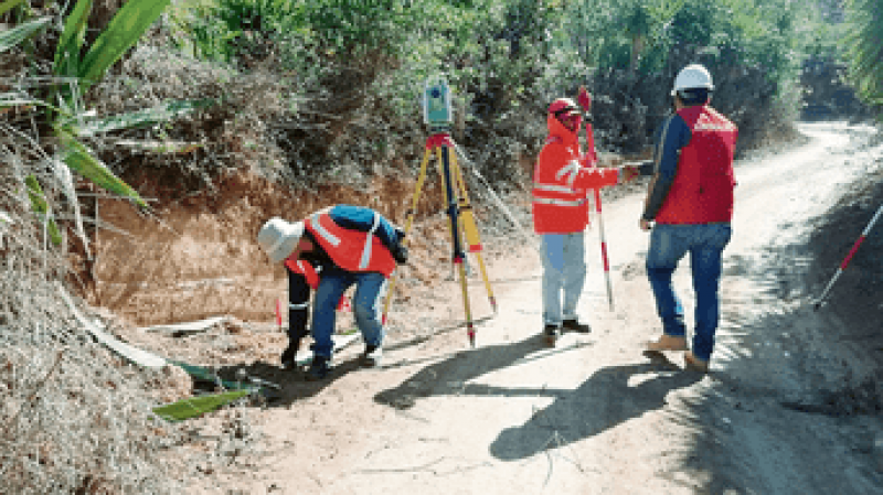 Contraloría supervisará obras en zonas afectadas por El Niño