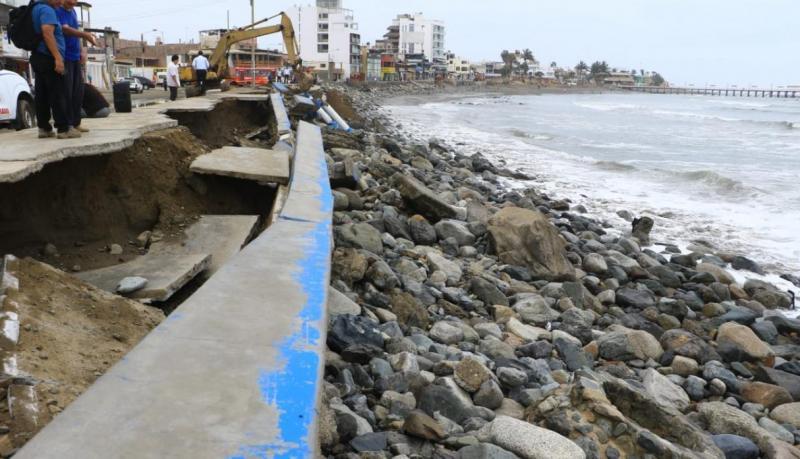 """La Libertad: Huanchaco está en """"peligro inminente"""" por erosión marina"""
