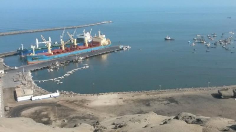 Se iniciaron las obras de dragado en el puerto de Salaverry
