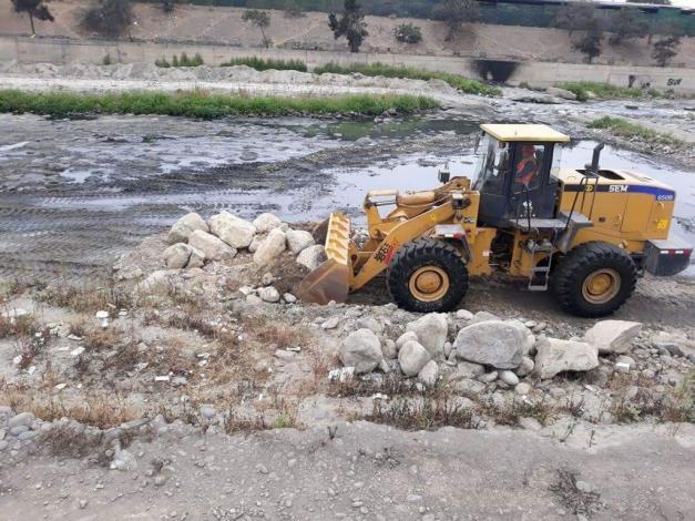 Limpieza del cauce del río Rímac cerca del Gran Túnel de la Línea Amarilla beneficia a clientes y pobladores de zonas aledañas
