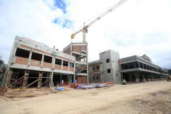MEF destina S/ 862 millones para continuidad de obras públicas