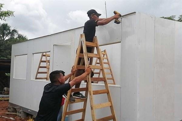 MVCS instala casas de emergencia en zonas damnificadas por el sismo