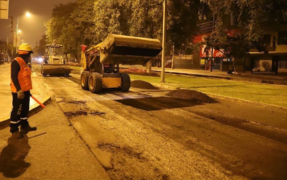 Inician obras de rehabilitación en pistas de avenida del Ejército