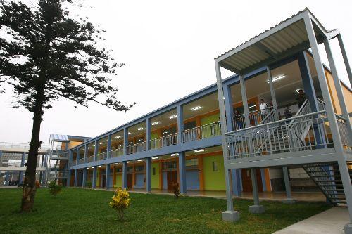 Gobierno prevé la construcción de 1,000 colegios al 2020