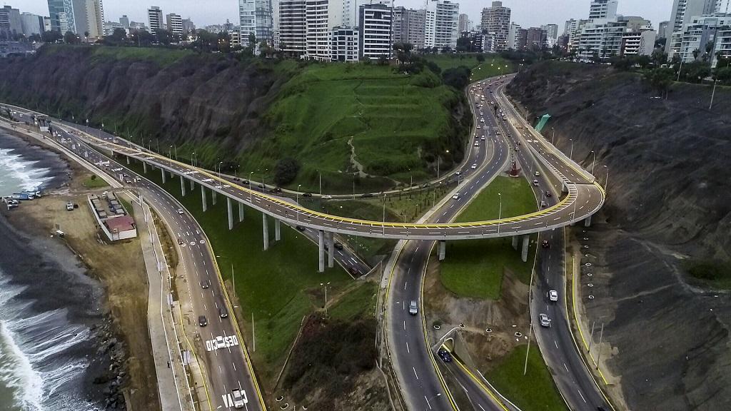 Viaducto Armendáriz ayudará a mejorar el transito vehicular en Lima