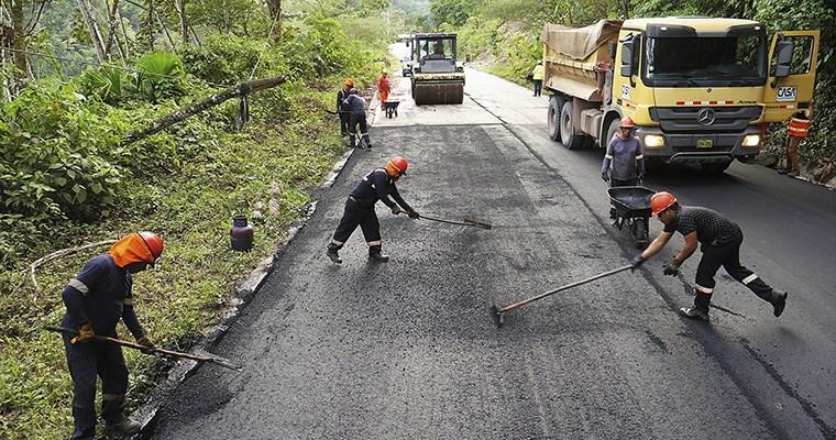 Estados Unidos proyecta realizar obras viales en la selva peruana