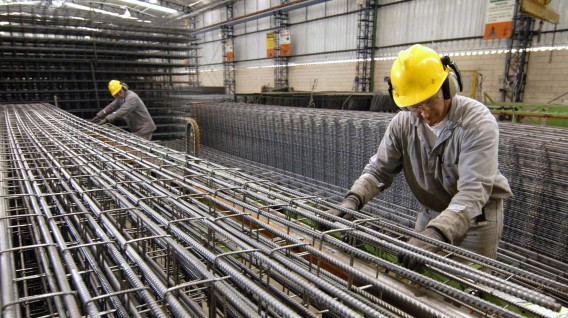 Asociación china pide investigar repunte de mineral de hierro en la bolsa