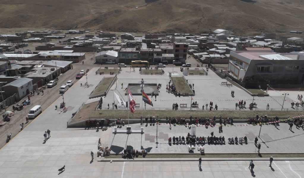 Hudbay Perú y la comunidad de Chilloroya inauguran nueva  Plaza de Armas