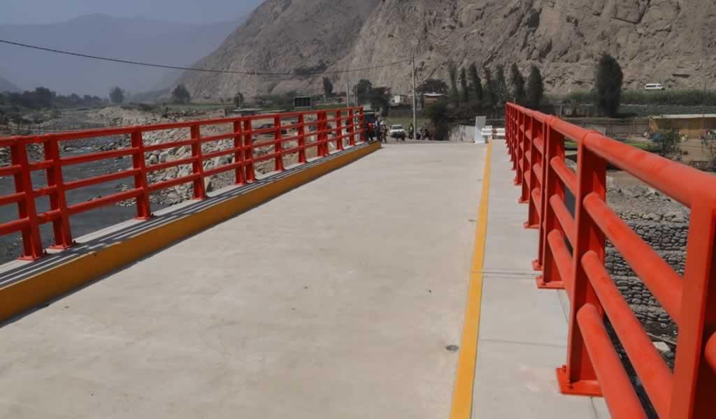 Martín Vizcarra inauguró obras de Reconstrucción con Cambios en distrito de Santa Rosa de Quives