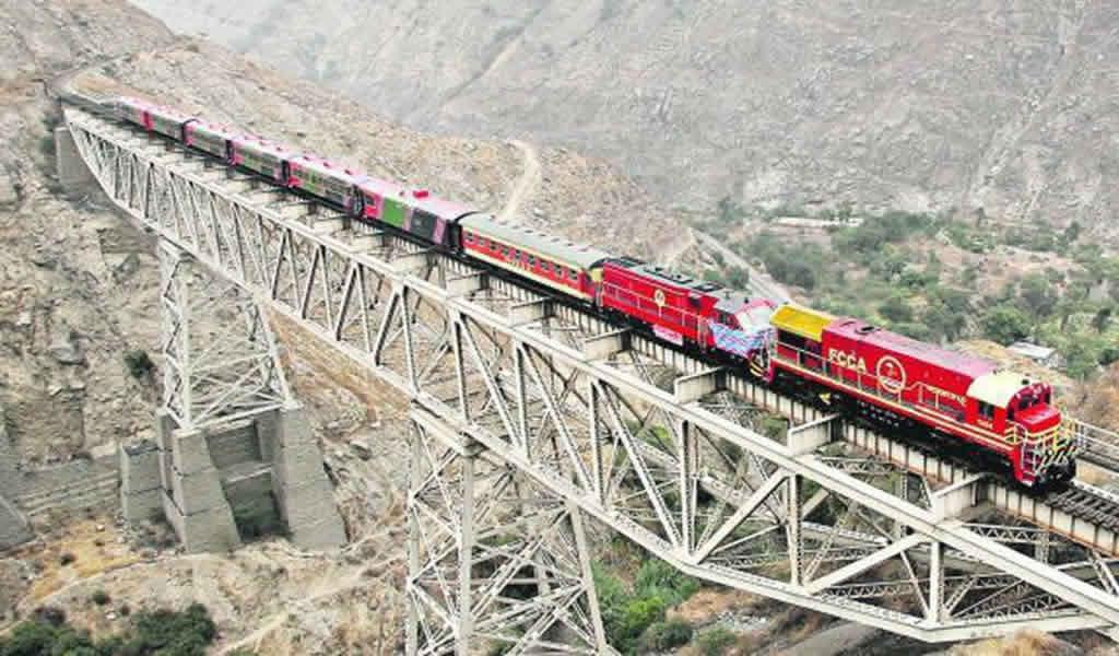 MTC evalúa el ingreso del Ferrocarril Central al puerto del Callao