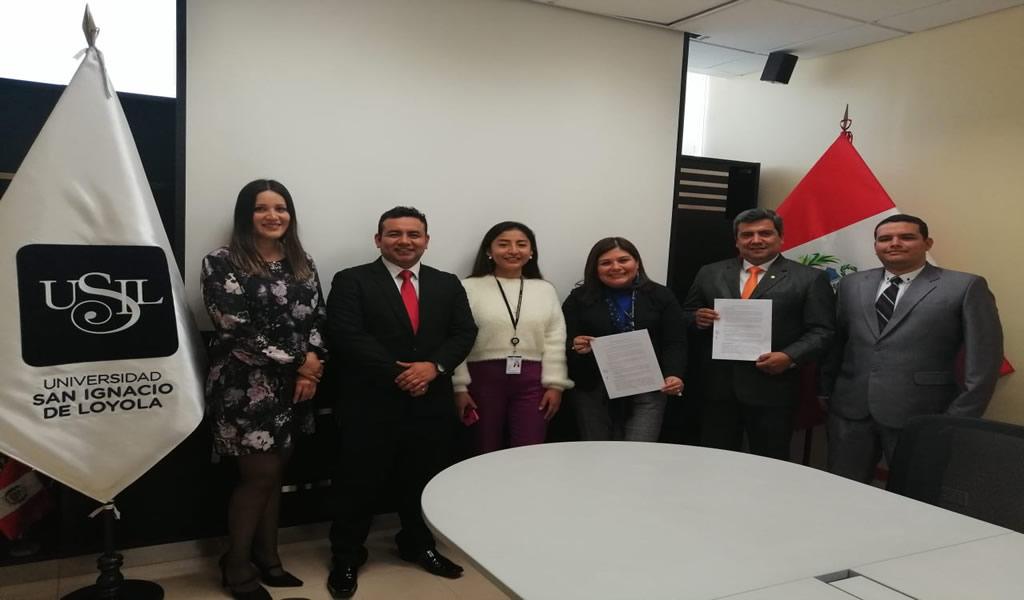 Cajas Ecológicas firma convenio de colaboración académica con la Universidad San Ignacio de Loyola