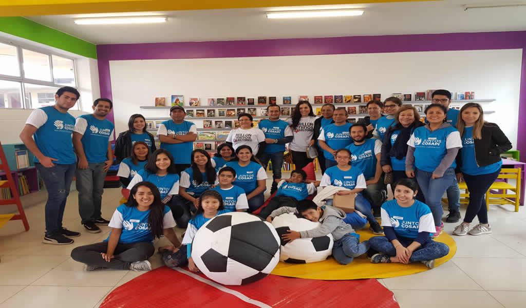 Cosapi y sus colaboradores implementan biblioteca en colegio de San Juan de Miraflores