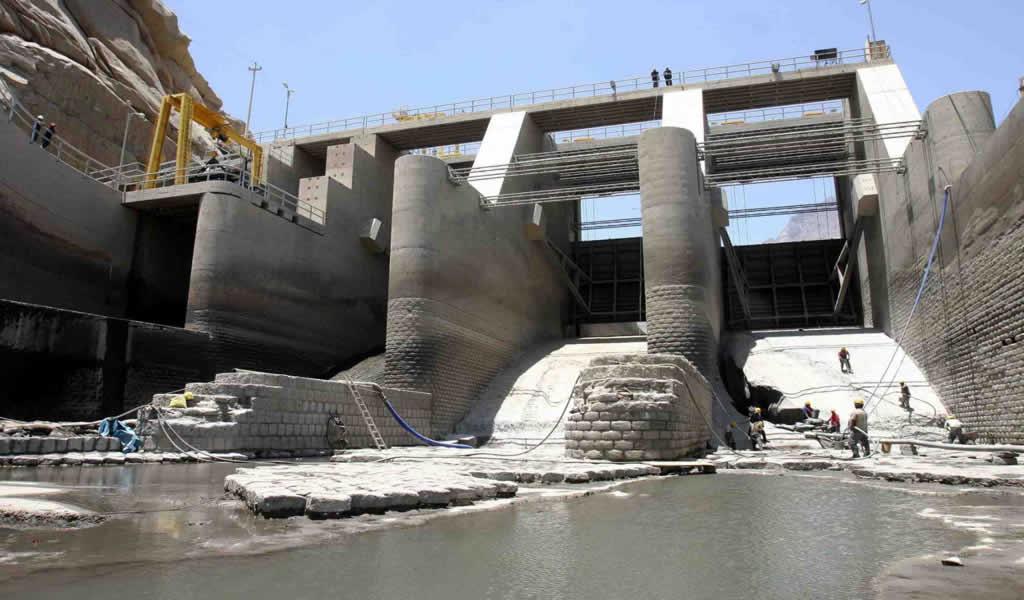 Plan de Infraestructura: aprueban medidas extraordinarias para acelerar 52 proyectos