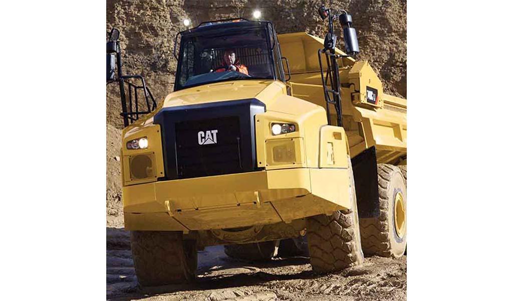 CATERPILLAR - 740C EJ Camión Articulado Caterpillar