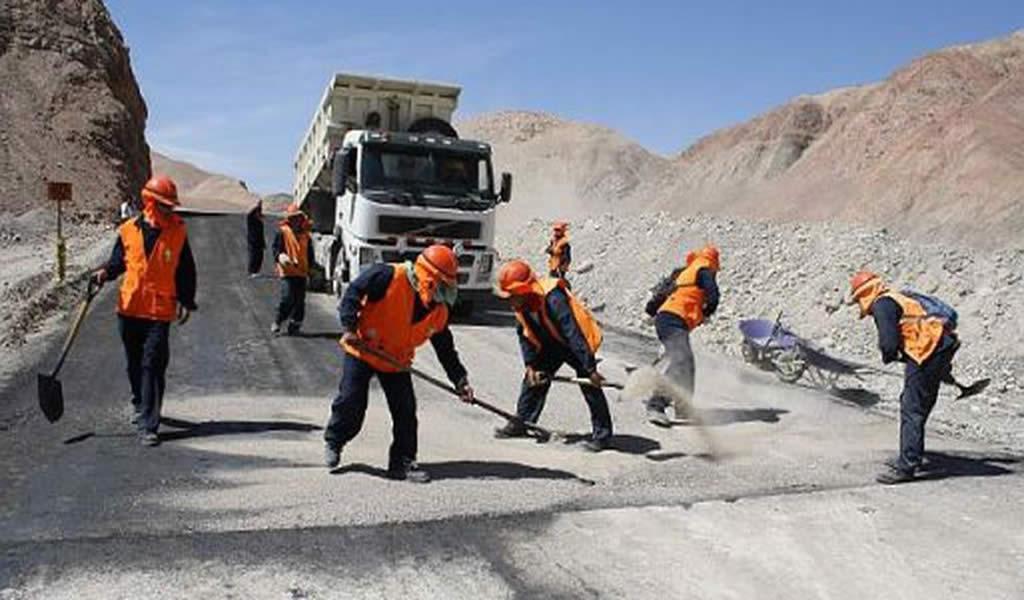 Gobierno buscará acelerar liberación de terrenos para obras de infraestructura