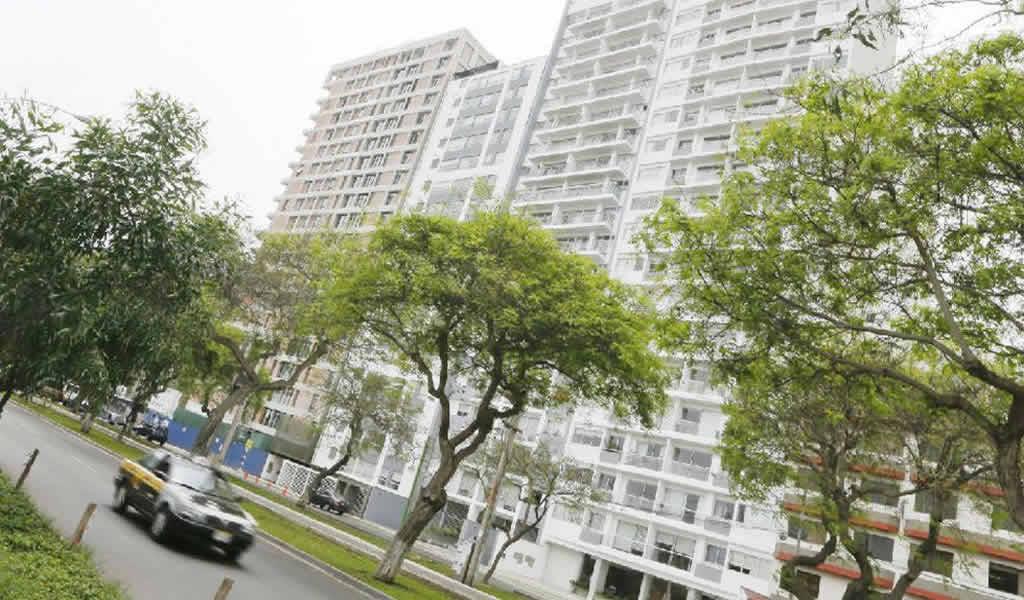 Precios de viviendas en distritos top de Lima bajaron en el último año