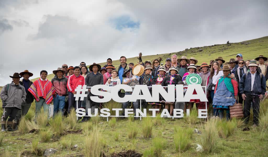 Scania siembra 30 mil árboles para compensar su huella de carbono en el Perú