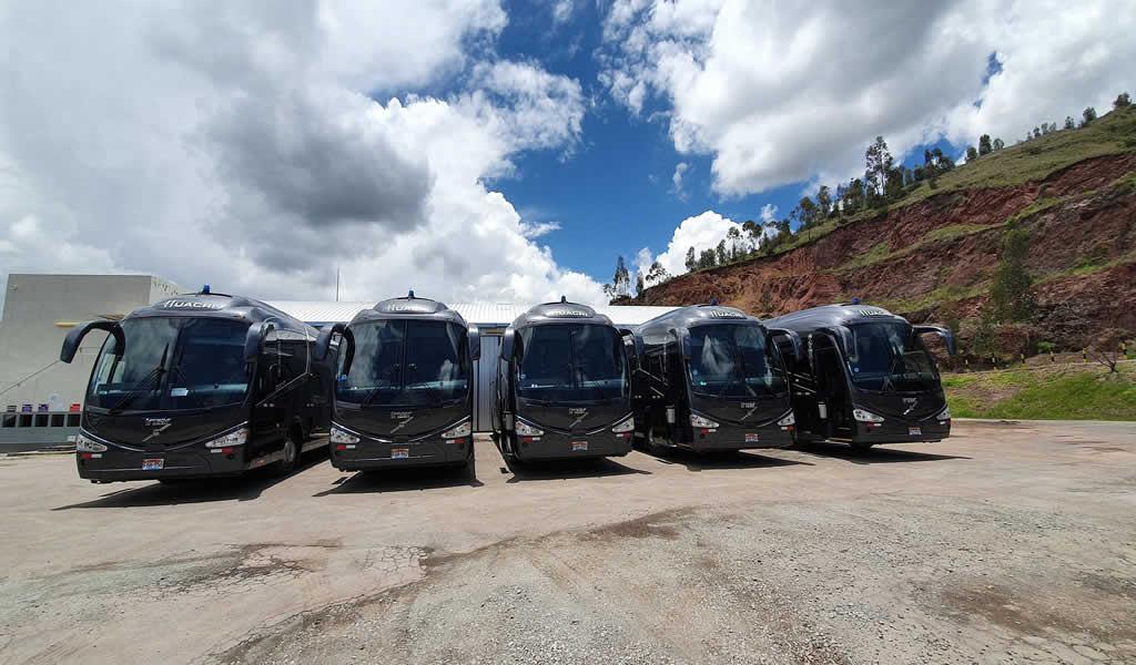 Cinco buses Volvo potenciarán la flota de Huacri S.A.C.
