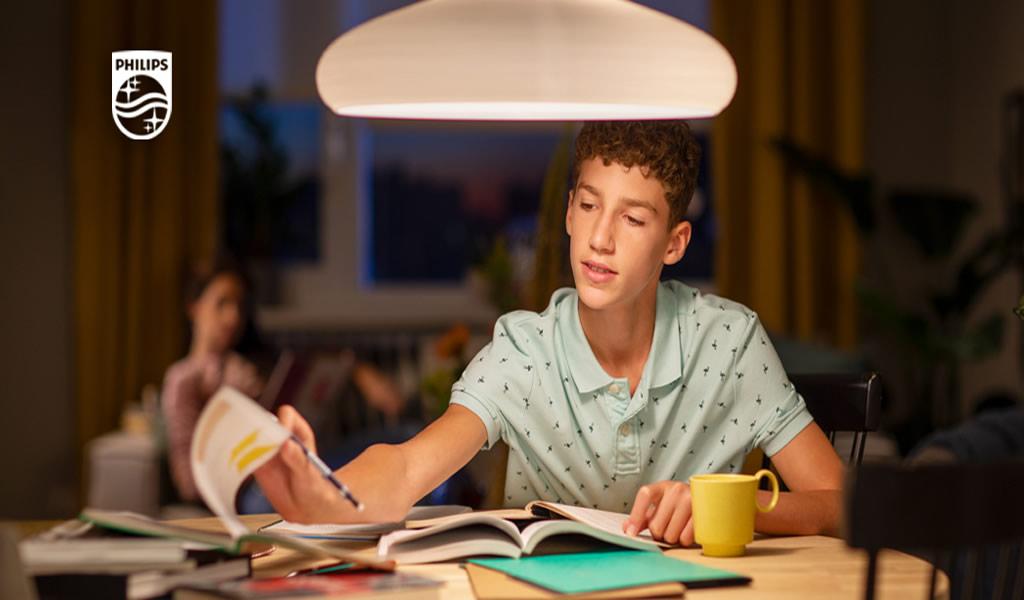 Consejos para mejorar la productividad del hogar a través de la luz