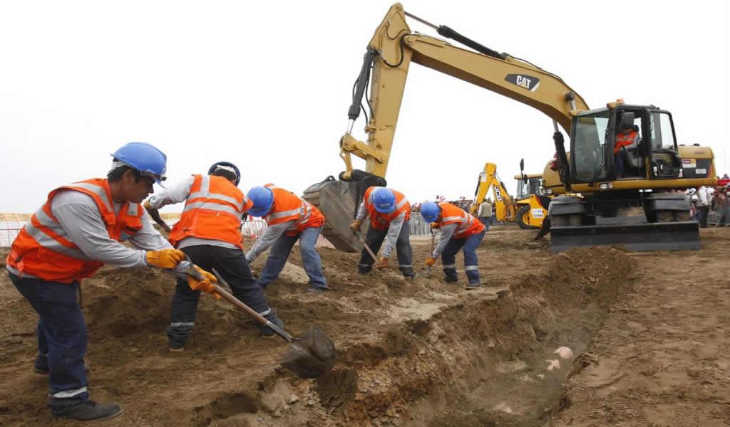 Transfieren S/ 46.2 millones para reconstrucción y apoyo a la educación