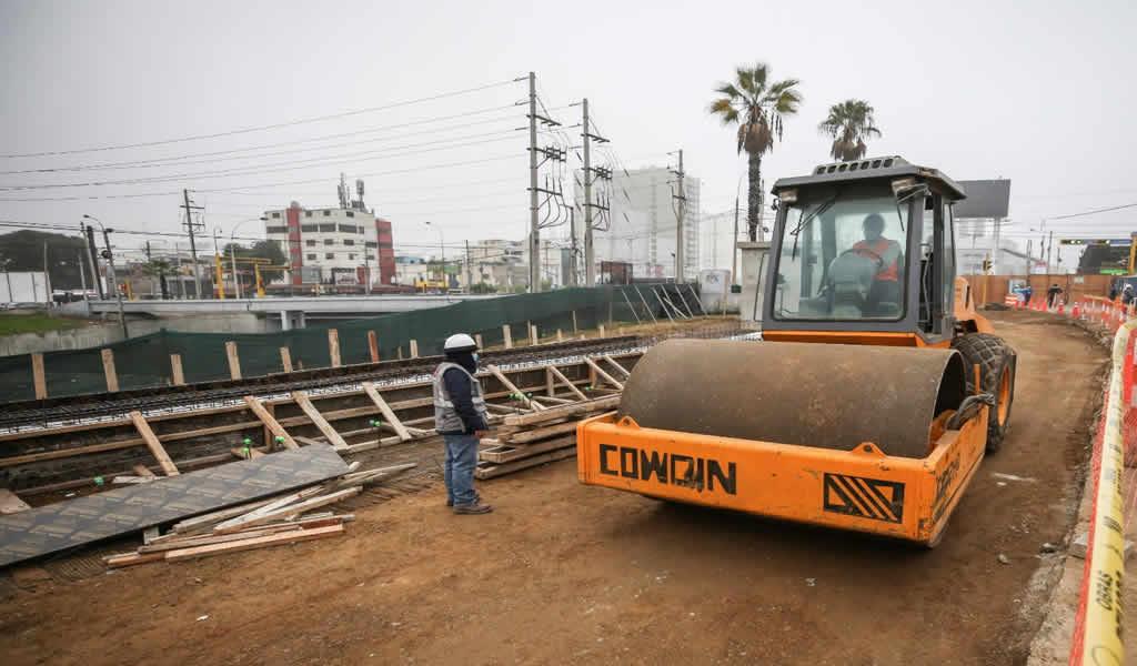 Municipalidad de Lima reinició obras con la continuación del mejoramiento de la Av. Paseo de la República