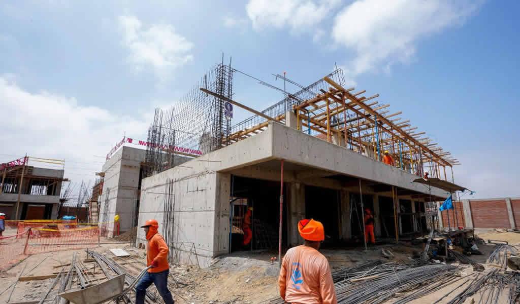 Avanza reconstrucción de dos colegios en Paita a favor de más de mil alumnos