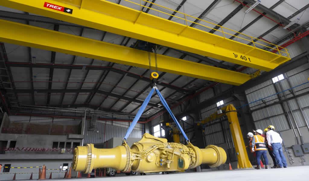 Trex Perú entrega dos grúas puente Demag de hasta 80T en total, con tecnología Safe Control, en instalaciones de Ferreyros en La Joya