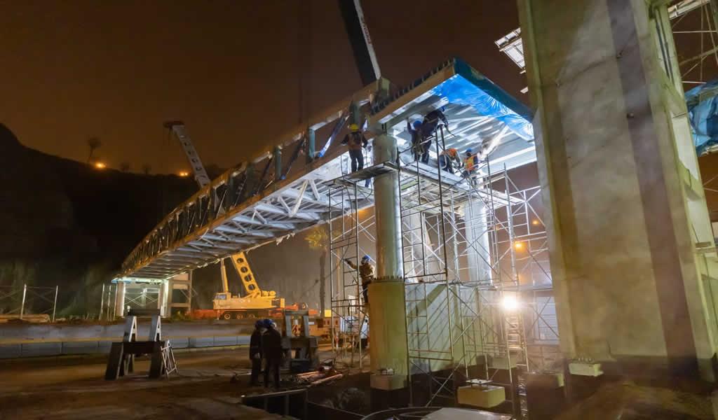 Municipalidad de Lima realizó montaje de segundo puente inclusivo en la Costa Verde