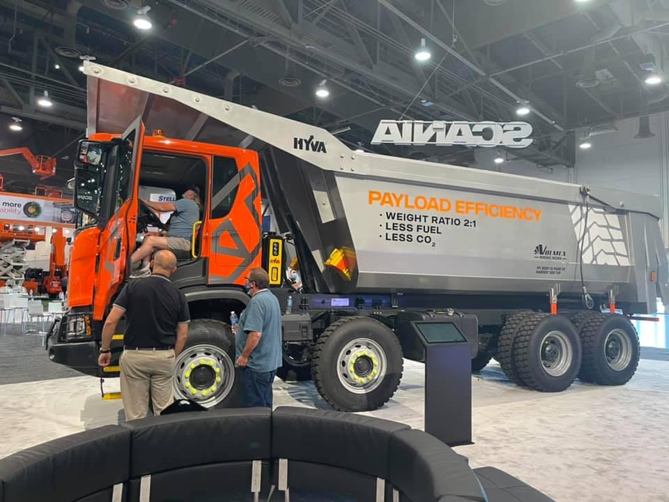 SCANIA impulsa innovación en minería con su Heavy Tipper 8x4