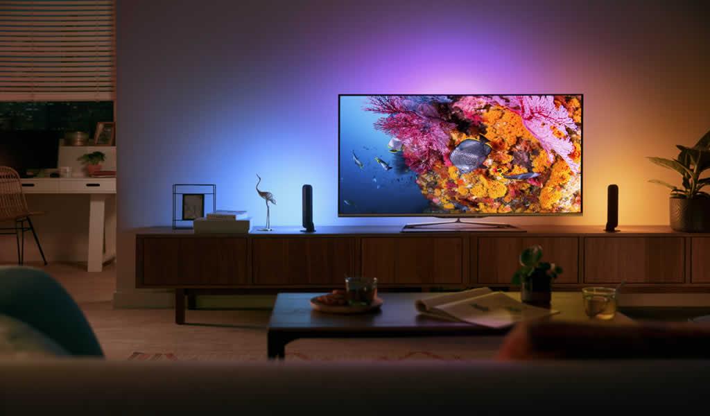 Signify amplia portafolio de iluminación inteligente para el hogar en Perú con las nuevas Philips Hue Play, Filament y Bloom